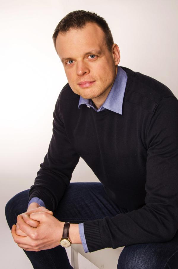 Mikołaj Rogoziński psychoterapeuta, mediator